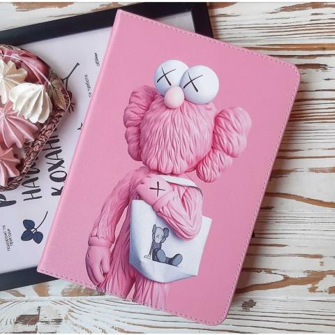 """Чехол Print Case для iPad 9.7"""" (2017/2018) - Kaws Pink"""