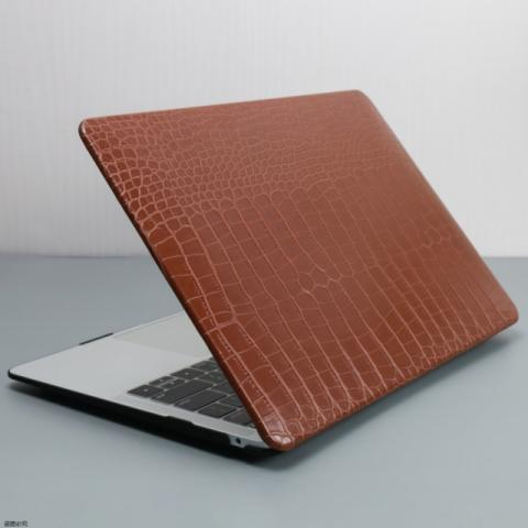 "Чехол-накладка Crocodile HardShell Case for MacBook Air 13"" (2018-2020) Brown"