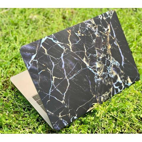"Матовый чехол для MacBook Pro 13"" (2016-2020) Marble Black"
