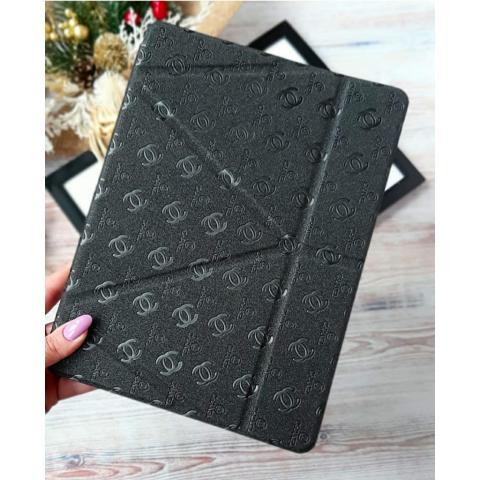 ехол Chanel с держателем для стилуса для iPad Air - черный